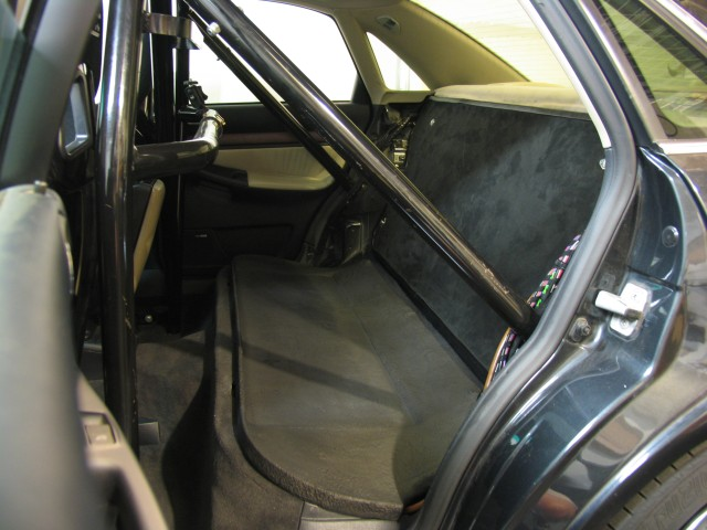 vwvortexcom roll cage and race seats